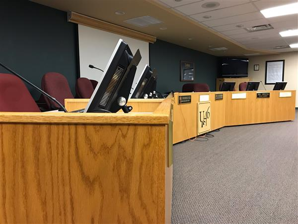 Board of Education Approves Four-Year Contract for Teachers in U-46