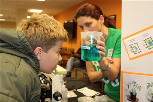 A student at the STEM Expo Kick-Off event in Bartlett
