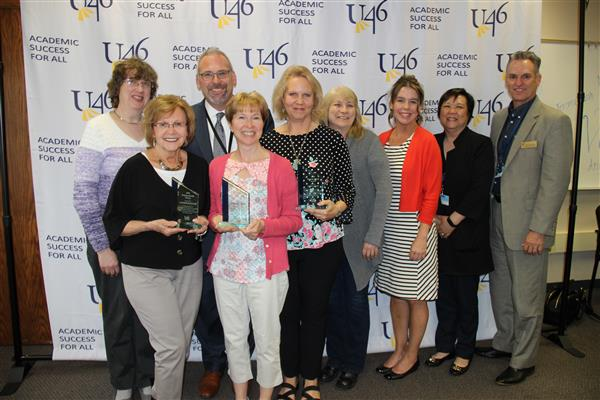 U-46 Honors Districtwide Volunteers; Awards Volunteer of the Year and Helping Hands Awards