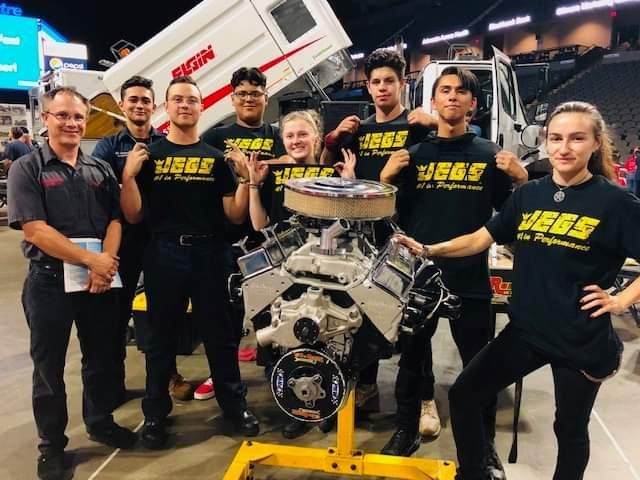 South Elgin High School Engine Teardown Team to Receive Accent on Achievement