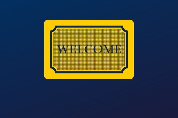 A welcome mat in U-46's blue and yellow colors