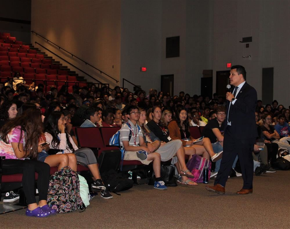 U-46 Schools Celebrate Hispanic Heritage Month